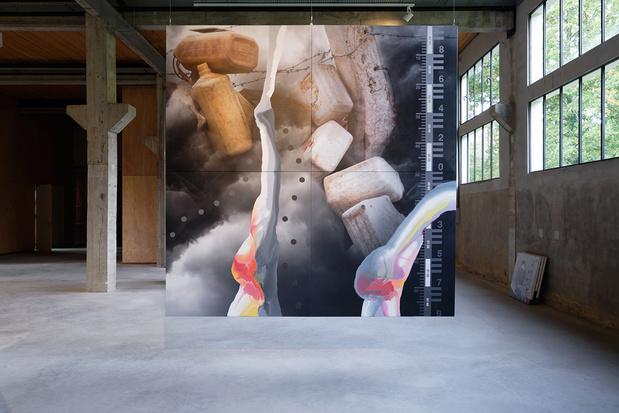 Lucy jorge orta interrelations atlas vue exposition photo aurelien mole courtesy des artistes et des tanneries cac amilly 014 1 medium