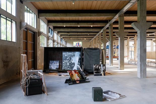 Lucy jorge orta interrelations atlas vue exposition photo aurelien mole courtesy des artistes et des tanneries cac amilly 019 1 medium