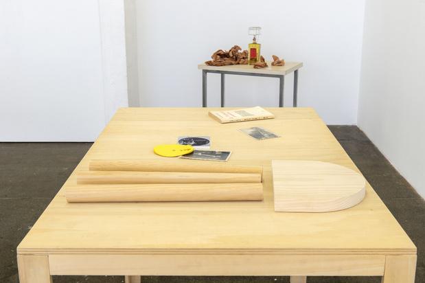 Le credac exposition la vie des tables   vue d exposition %28c%29 marc domage131 1 medium