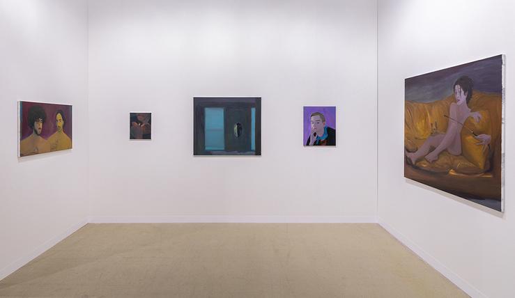 Xinyi Cheng, Vue de l'installation réalisée pour la foire Art Basel, 2019, stand Balice Hertling