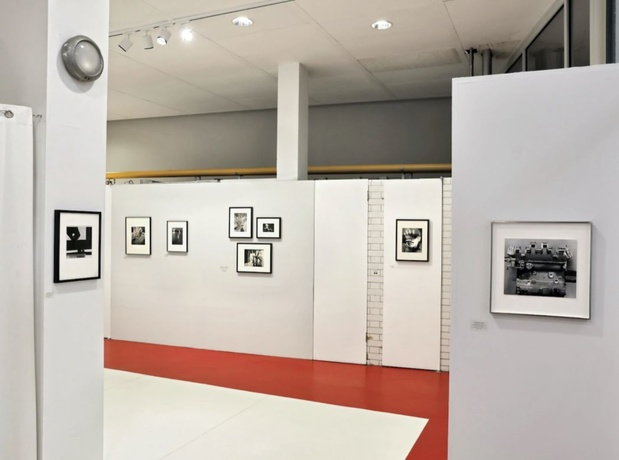 Galerie les douches photographie paris exposition 14 1 medium