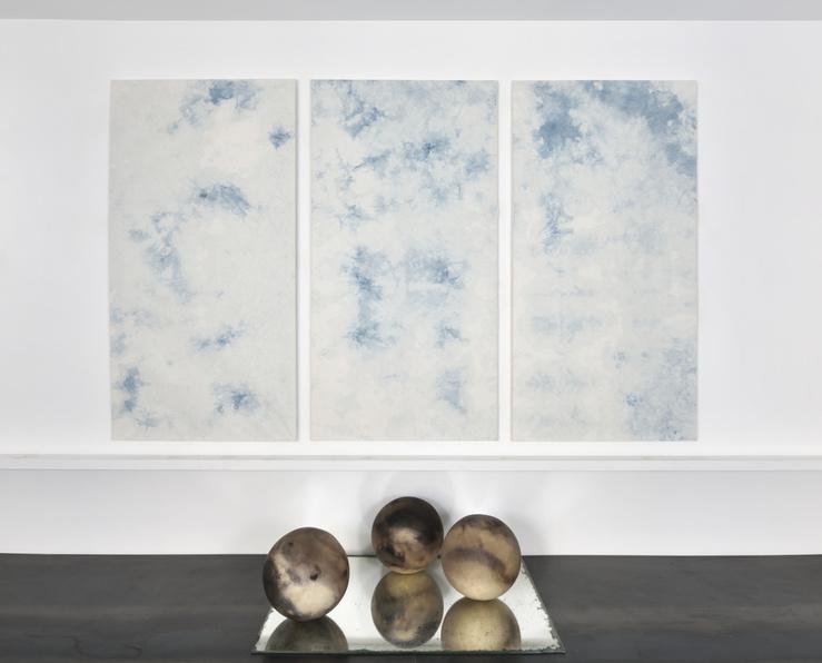 Eloise Van der Heyden, Vue de l'exposition …cause you're playing with fire, galerie Catherine Putman, Paris, 2021
