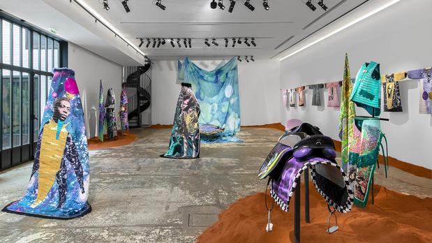 Studio des acacias raphael barontini  1 medium