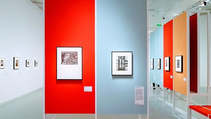 Vue de l'exposition Chefs-d'œuvres photographiques du MOMA—La collection Thomas Walther, Jeu de Paume, Paris